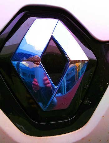 Rhombe mit abblätternder Beschichtung