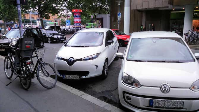 ZOE parkt kostenfrei in Hannover